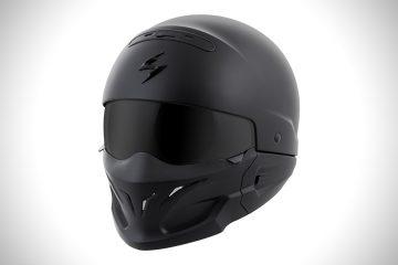 Matowy kask motocyklowy od ScorpionExo sprawi, że poczujesz się jak superbohater<