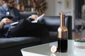 Piękna i niezwykle funkcjonalna karafka Eto, pozwoli ci dłużej cieszyć się smakiem ulubionego wina<