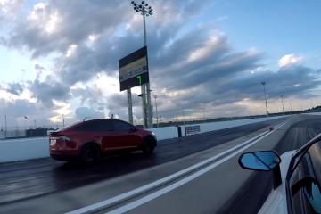 Zobaczcie, jak Tesla niszczy Lamborghini na torze wyścigowym<