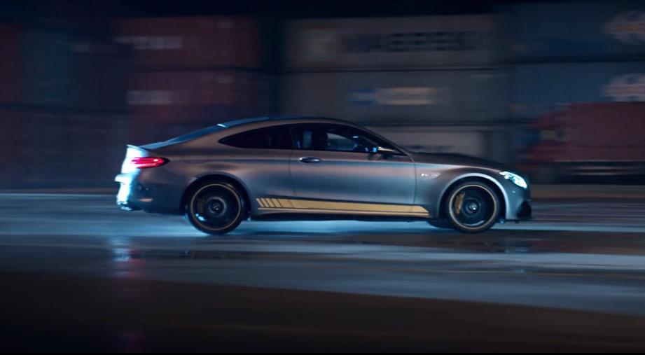 Jeżeli uciekać, to tylko w Mercedesie-AMG. Zobaczcie klip, który prezentuje możliwości modelu C63