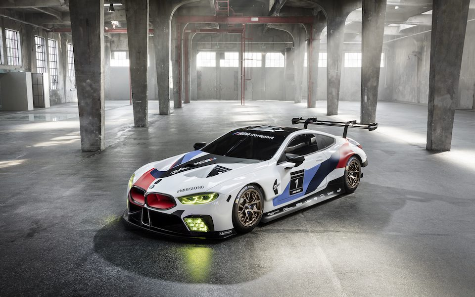 Auto z misją - BMW zaprezentowało wyścigowy model M8 GTE
