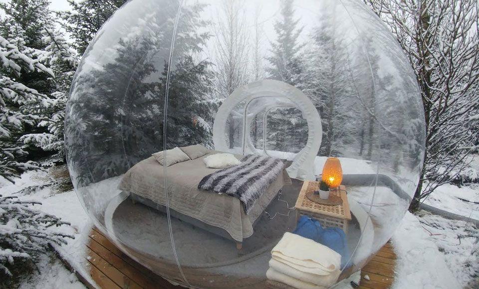 Hotel pod gwiazdami w kształcie balonu oferuje niezapomniane przeżycia w środku islandzkiego lasu