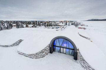Lodowy hotel w Szwecji przyjmuje gości przez cały rok<