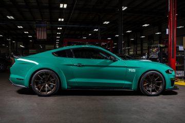 The 2018 ROUSH 729 to koncept, który czerpie to, co najlepsze z Forda Mustanga Boss 429 i najnowszego modelu na 2018 rok
