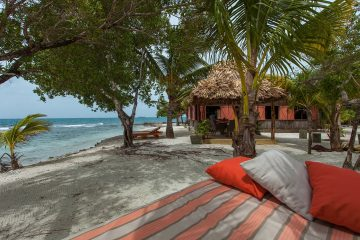 Hotel na prywatnej wyspie należącej do Francisa Forda Coppoli czeka na gości<