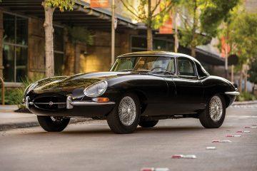 Jaguar E-type S1 Roadster z lat 60. to wciąż jeden z najbardziej pożądanych samochod&oacute;w świata<