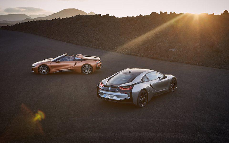 BMW zaprezentowało nowy model i8 Roadster oraz szybsze i lżejsze i8 Coupe