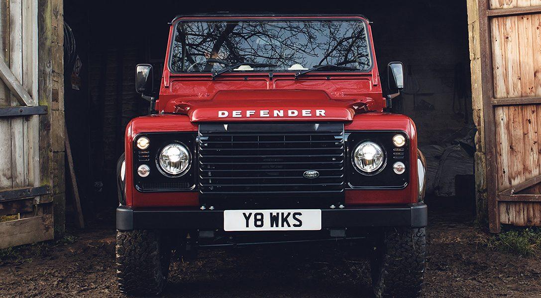 Klasyczny Land Rover Defender powraca w 70. rocznicę powstania modelu