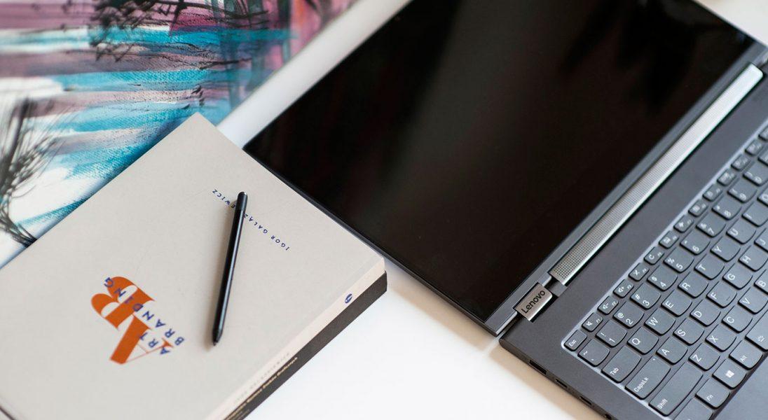 Lenovo Yoga C930 Glass - tak powinien wyglądać stylowy sprzęt dla CEO