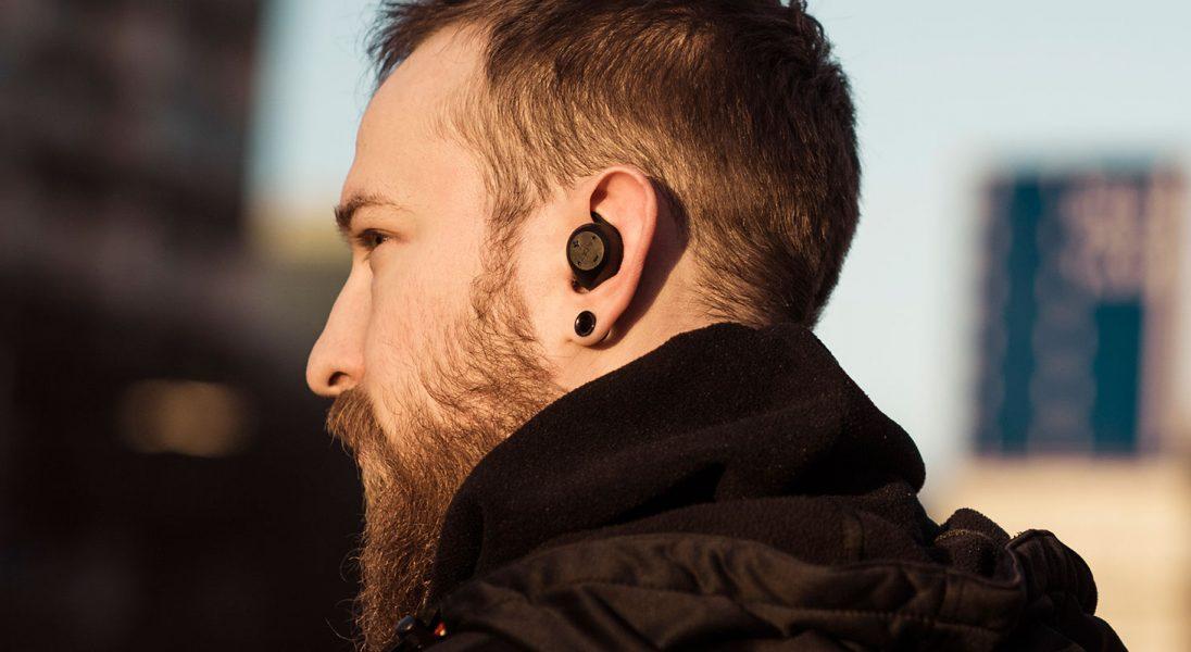 Bezprzewodowe słuchawki sportowe, z których będziesz korzystać nie tylko na treningu - testujemy Jabra Elite Sport
