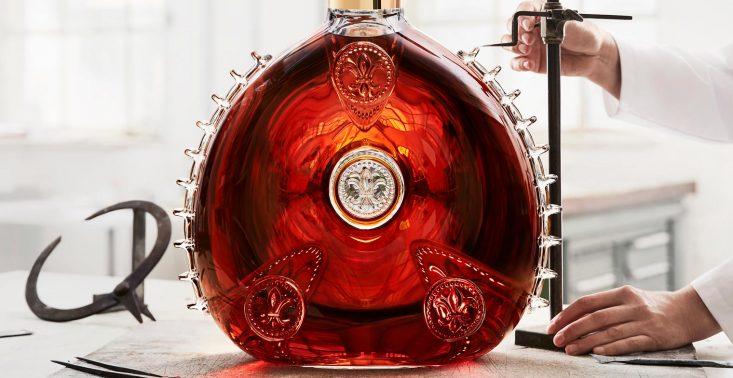 LOUIS XIII LE SALMANAZAR to największa i najdroższa butelka koniaku na świecie<