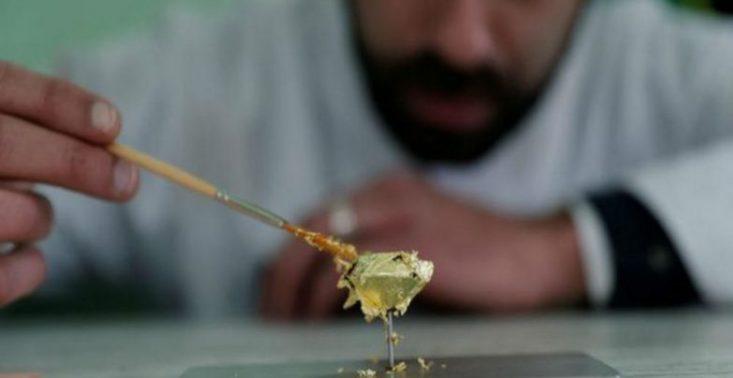 &quot;Glorious&quot; to najdroższy czekoladowy cukierek świata, pokryty złotem i wypełniony ekskluzywnymi składnikami<