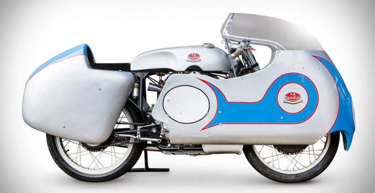 50-letni motocykl wyścigowy marki F.B. Mondial to marzenie niejednego fana jednoślad&oacute;w<