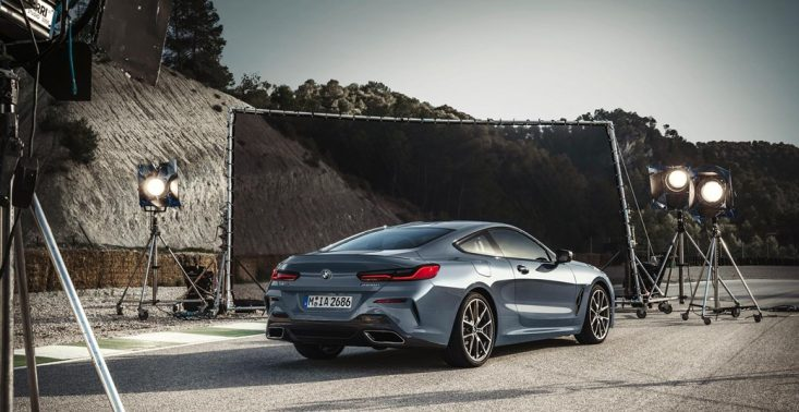 BMW serii 8 coupe zaprezentowane podczas wyścigu Le Mans<