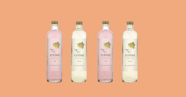 Stworzono ekologiczną wodę o smaku wina. W sam raz na upały