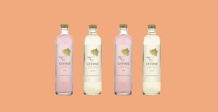 Stworzono ekologiczną wodę o smaku wina. W sam raz na upały<