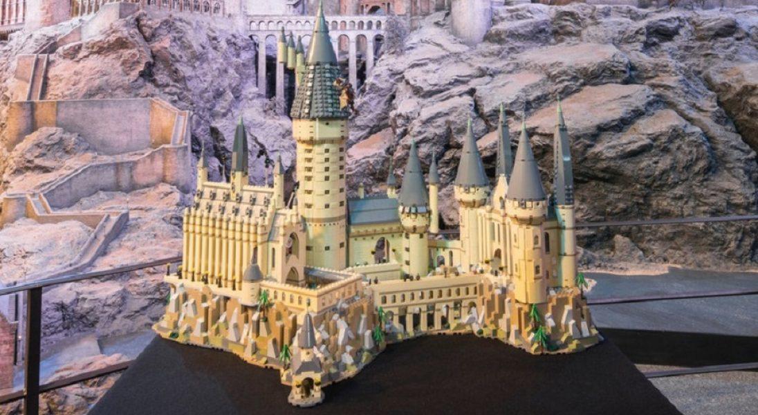 Lego wypuściło zestaw z zamkiem Hogwart, który składa się z 6 tys. klocków