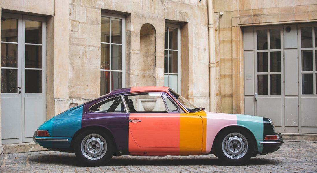 Porsche 911 z 1965 roku zostało pomalowane w kultowe paski brytyjskiej marki Paul Smith