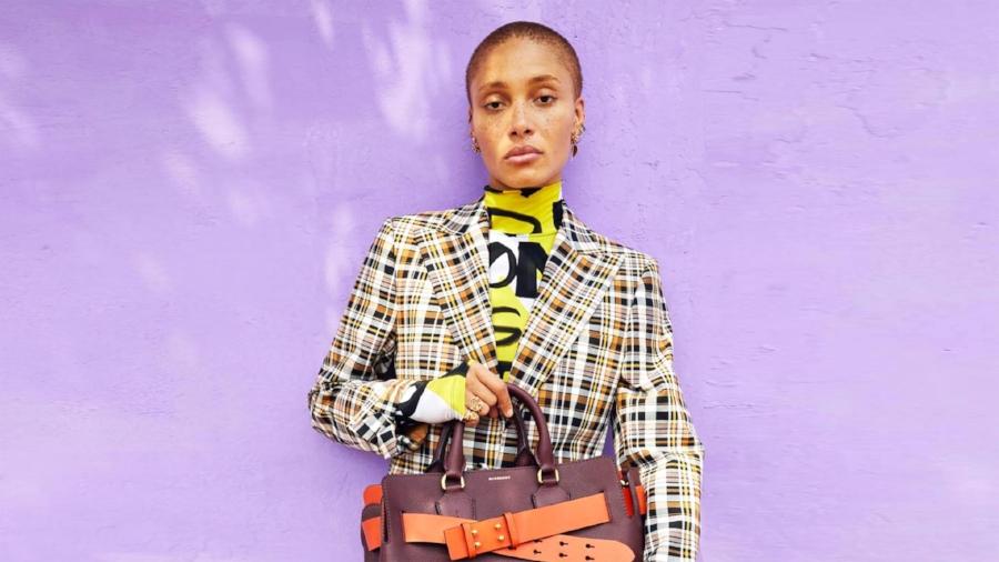be5407822d635 Winnych podobnym działaniom jest więcej. Louis Vuitton przez lata  praktykował niszczenie drogich torebek, które się nie sprzedały odmawiając  zorganizowania ...
