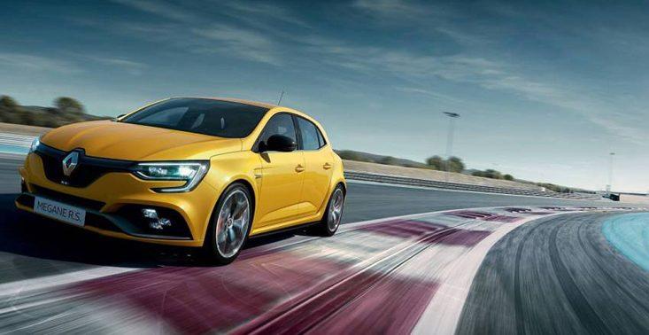 Premiera Renault Megane RS Trophy - mocnego hot hatcha z przednim napędem<