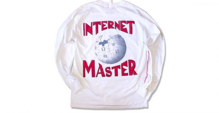 Wikipedia ma swoją własną streetwearową kolekcję ubrań<