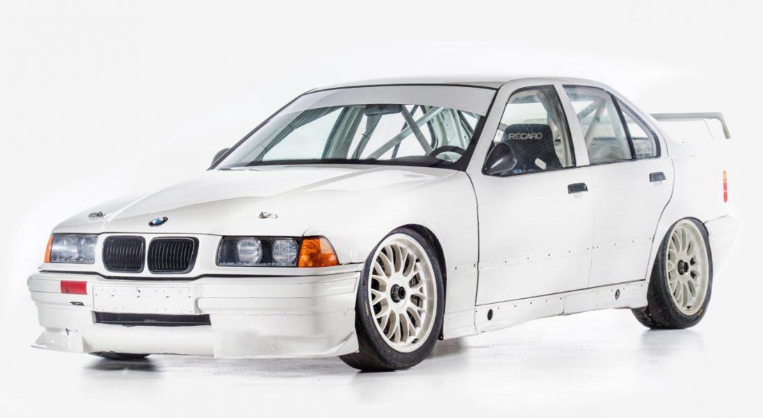 Rajdowy egzemplarz BMW 318 IS-Super Tourism  z 1994 roku idzie pod młotek