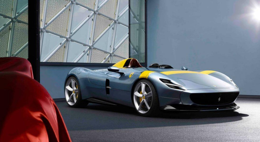 Ferrari Monza SP1 - jednoosobowy, kolekcjonerski model dla fanów speedsterów z lat 50-tych
