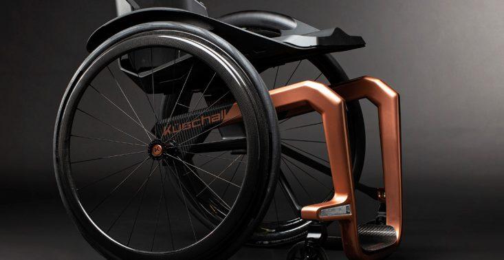 Szwajcarska firma zaprojektowała najlżejszy i najbardziej designerski w&oacute;zek inwalidzki świata<