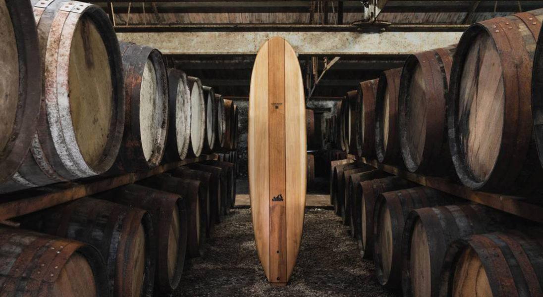 Grain Surfboards robi deski surfingowe ze starych beczek po whisky Glenmorangie