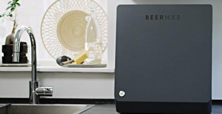 Powstała designerska maszyna do domowego warzenia piwa<