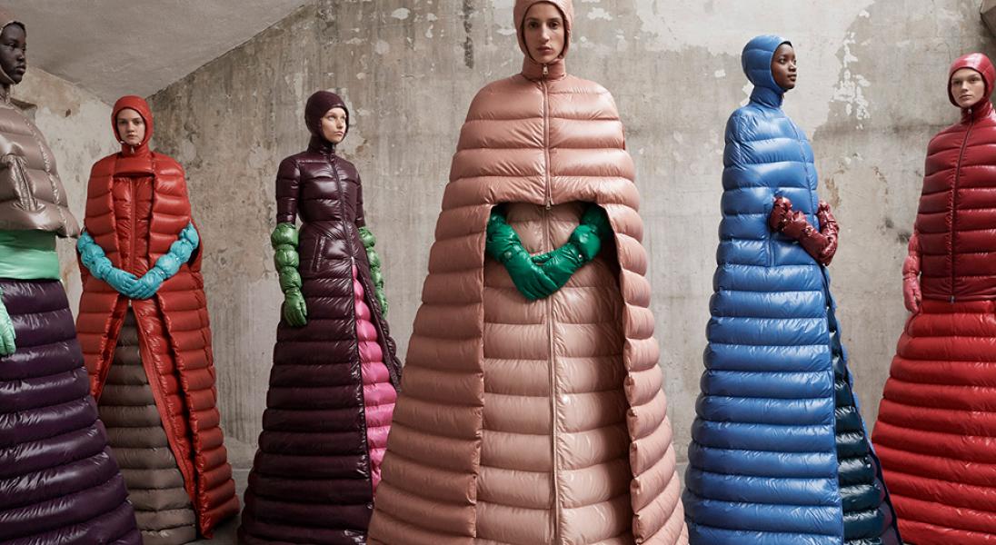Moncler współpracuje z geniuszami. Tym razem kolekcję stworzył Pierpaolo Piccioli z Maison Valentino