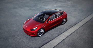 Tesla postanawia wypuścić jeden z najtańszych samochodów elektrycznych na rynku