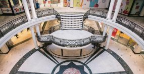 W opuszczonych galeriach handlowych będzie można wynająć mieszkanie