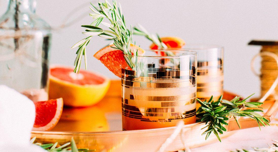 Perfumy do jedzenia? Ten produkt poprawi smak twoich drinków
