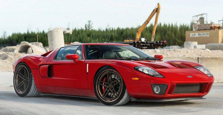 Stuningowany Ford GT z silnikiem o mocy 2000 KM<
