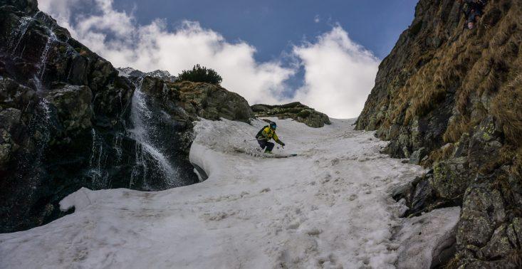 Freeride, czyli kt&oacute;re trasy w Alpach są najlepsze do jazdy po czystym puchu?<