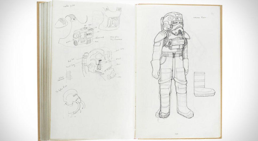 """Notatnik z oryginalnymi szkicami kostiumów z """"Gwiezdnych Wojen"""" może zostać sprzedany za 380 tysięcy dolarów"""