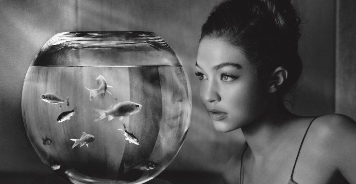 Kalendarz Pirelli 2019 - Gigi Hadid i Leatitia Casta w filmowych kadrach Alberta Watsona<