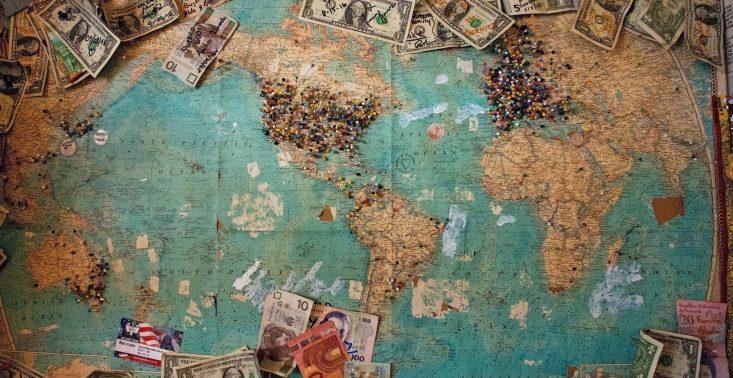 Jak wydać milion złotych bez kupowania materialnych rzeczy?<