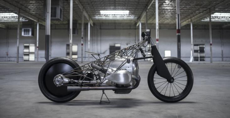 The Revival Birdcage &ndash; niepowtarzalny prototyp motocyklu z tytanową ramą<