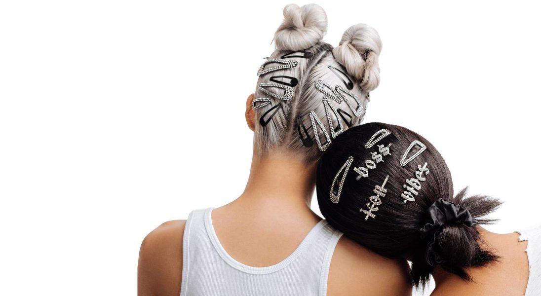Wielki powrót mody na spinki do włosów. Podpowiadamy, gdzie znajdziecie te najpiękniejsze