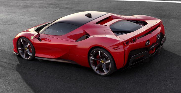 Ferrari zaprezentowało swoją nową, supermocną hybrydę – SF90 Stradale<
