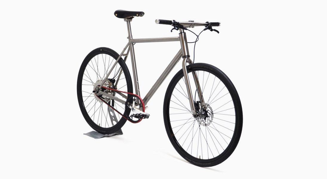 Samoładujący się rower elektryczny Nua Electrica