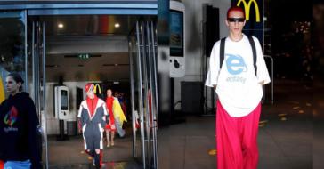 Modele i modelki jako pracownicy sieci McDonald's, czyli nowy pokaz Vetements