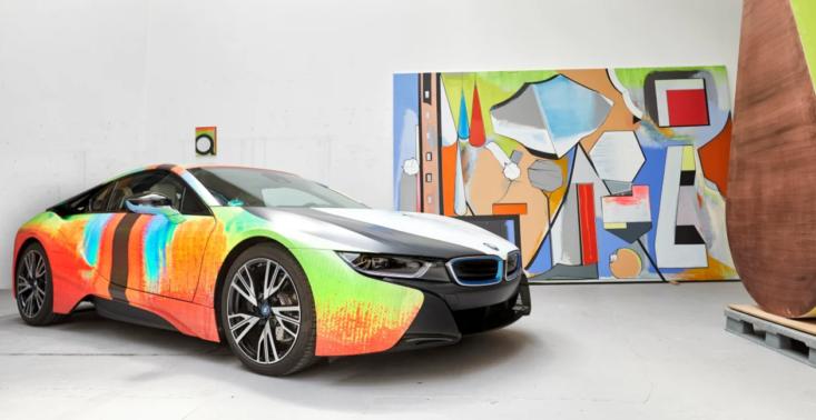 Artysta Thomas Scheibitz przemienił BMW i8 w małe dzieło sztuki<