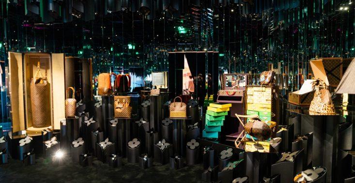 Louis Vuitton X: Ruszyła niezwykła wystawa podsumowująca współpracę LV z artystami<