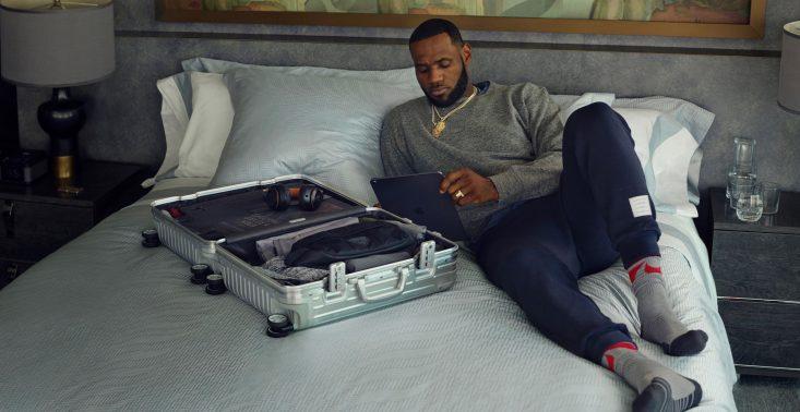 10 najbardziej stylowych walizek, które warto zabrać w podróż<