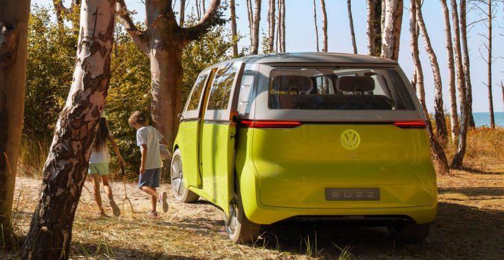 Czy samochody elektryczne są rzeczywiście ekologiczne? Odpowiadamy na najważniejsze pytania<