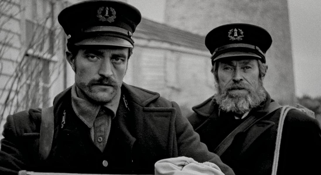"""Pojawił się pierwszy zwiastun artystycznego horroru ,,The Lighthouse"""" z Robertem Pattinsonem i Willem Dafoe"""