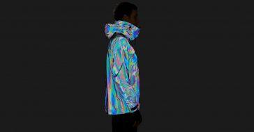 Black Squid Jacket : Niezwykła kurtka, która mieni się wszystkimi kolorami tęczy